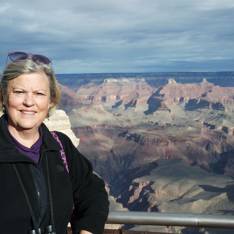 Valerie-@-the-Grand-Canyon